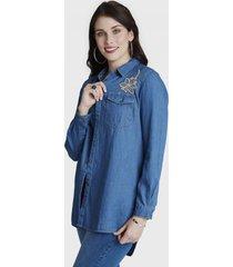 blusa manga larga de mezclilla y bordado celeste curvi