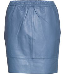 leather skirt w. elastic in waist kort kjol blå coster copenhagen