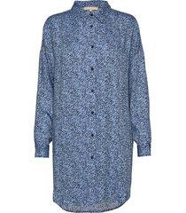 aviaja ls long shirt knälång klänning blå soft rebels