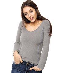 sweater gris invento cierre