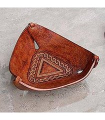 leather catchall, 'brown pyramid chains' (peru)