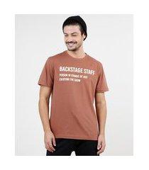 "camiseta masculina backstage staff"" manga curta gola careca marrom"""