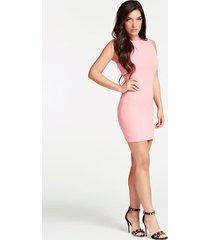dopasowana sukienka z elastyczną taśmą