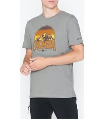 columbia basin butte ss graphic tee t-shirts & linnen grey