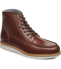noux boot snörade stövlar brun makia