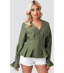 na-kd trend button up balloon sleeve blouse - green