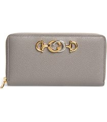 women's gucci548 zip-around leather wallet - grey