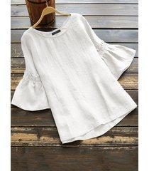 camicetta a maniche lunghe color argento a maniche corte