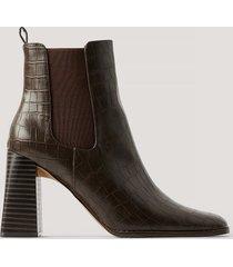 na-kd shoes flared boots med blockklack - brown