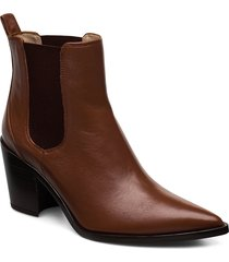 manila_na shoes boots ankle boots ankle boots with heel brun unisa