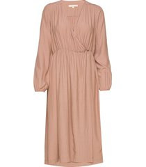 hannah midi wrap dress knälång klänning rosa soft rebels