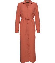 alissa dress knälång klänning orange modström