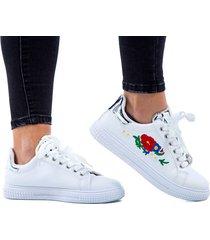 tenis blancos para dama diseño de flores en lateral talón y solapa plateados