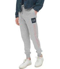 pantalón gris-azul-rojo gap
