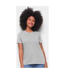 camiseta calvin klein alongada feminina