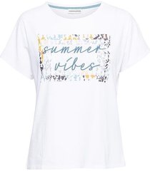 &co woman and co t-shirt suze summer vibes