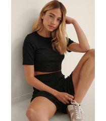 na-kd lingerie återvunnen ribbad t-shirt - black