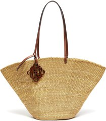 shell' leather anagram charm elephant grass tote