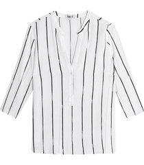 blusa manga 3/4 estampado a rayas color blanco, talla l