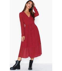 glamorous crossover dress långärmade klänningar