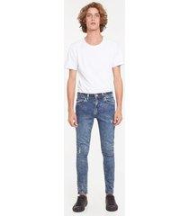 jeans skinny desgastados