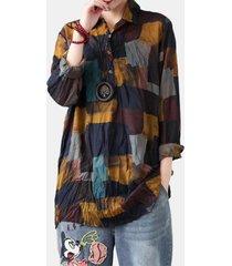 camicetta con risvolto casual a maniche lunghe con stampa a blocchi di colore per donna