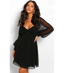 dobby mesh gesmokte babydoll jurk met geplooide buste, zwart