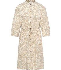 kacee 3/4 dress aop dresses shirt dresses beige moss copenhagen