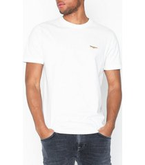 nudie jeans daniel logo tee t-shirts & linnen offwhite