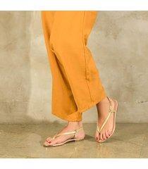 sandalia trespuntada dorada para mujer lym