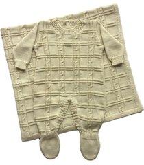conjunto manta e macacão londres passion tricot ninive