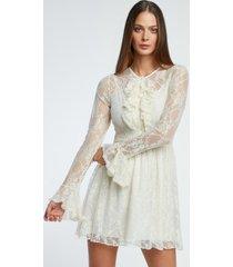 sukienka koronkowa z żabotem