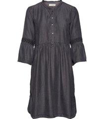 lussa denim dress knälång klänning svart cream