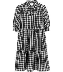 feng dress