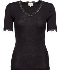 ariel short sleeve t-shirts & tops short-sleeved svart minus