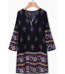 mini-vestito bohemien con stampa floreale con bottone scollo a v a maniche lunghe