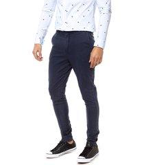 pantalón azul bukan chino