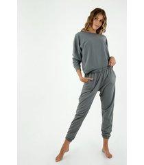 pantalón de mujer, silueta amplia tipo jogger de tiro alto