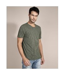 camiseta básica com bordado manga curta gola careca verde militar
