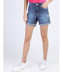 bermuda jeans feminina boy cintura média com rasgos azul médio