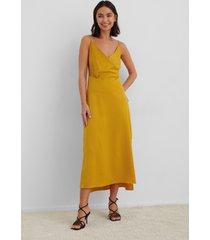 na-kd trend overlap satin slip dress - yellow
