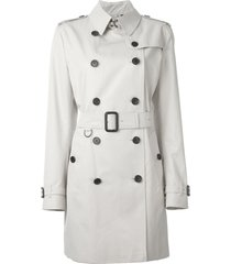 burberry the kensington - mid-length trench coat - neutrals