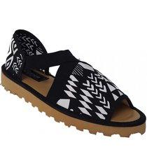 sandalia negra pavien