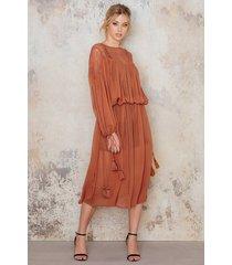 na-kd boho lace top part maxi dress - orange