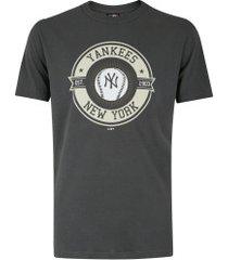 camiseta new era new york yankees versatile b - masculina - cinza escuro