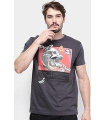 camiseta silk skull moth rukes masculina