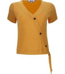 camiseta cruzada acanalada color amarillo, talla 6