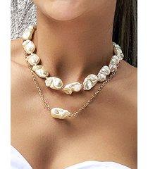 collar multicapa de perlas irregulares de oro