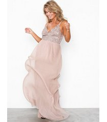 maya cami plunge delicate sequin pleated dress maxiklänningar taupe