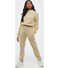 nly trend cozy fleece pants byxor